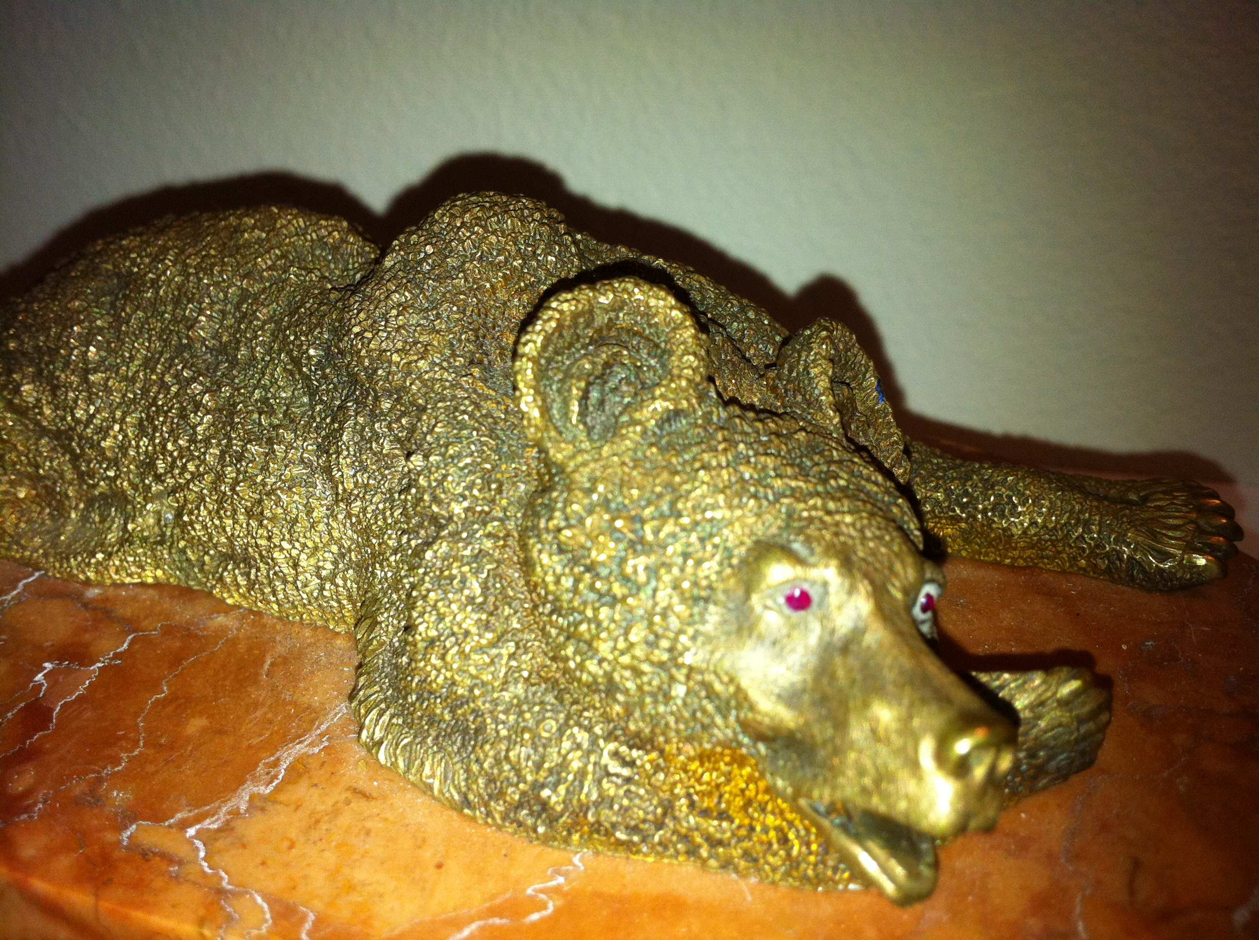A golden bear in my collection of bear symbols.